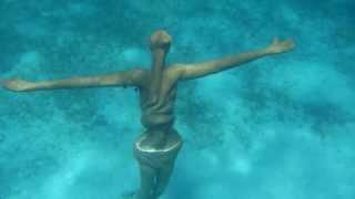 Christ Statue Underwater 10 10 2013