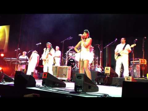 chart-show-nile-rodgers-chic---berlin---25.02.2013-i'm-coming-out-(original-chic-mix)