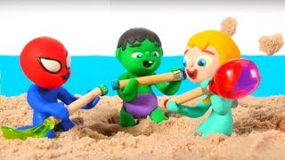 SUPERHERO BABIES HAVE FUN AT THE BEACH ❤ Spiderman, Hulk & Frozen Elsa Play Doh Cartoons For Kids