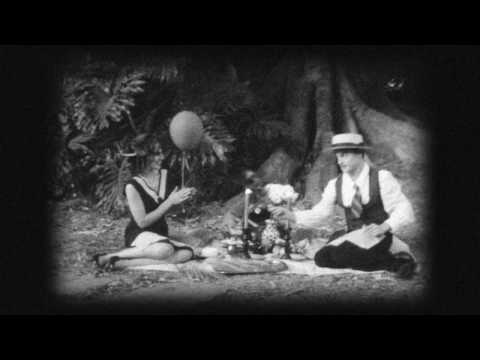 Vandaveer - Woolgathering (Official Video)