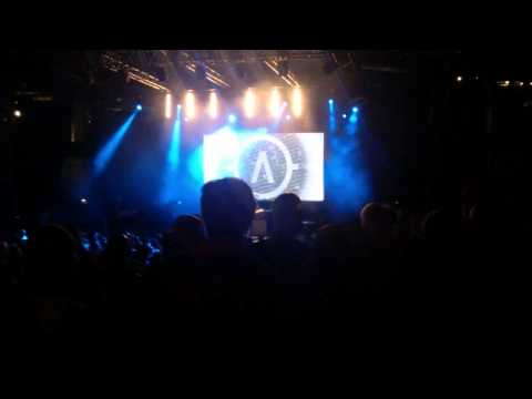 Archive - Numb (extract live@Nice)