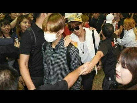 160608 BTS at Taoyuan Airport Taipei (the brutally fans) & jimin fell down
