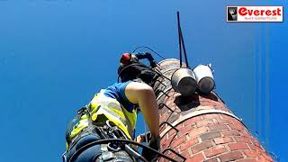 Everest Prace Alpinistyczne. Rozbiórka komina caglanego.