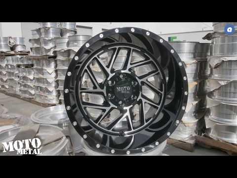 Moto Metal MO985 Breakout Gloss Black Machined   AudioCityUSA