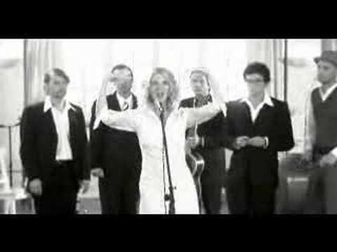 Sandrine Kiberlain - La Chanteuse