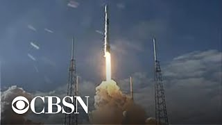 spacex-launches-batch-internet-beaming-satellites