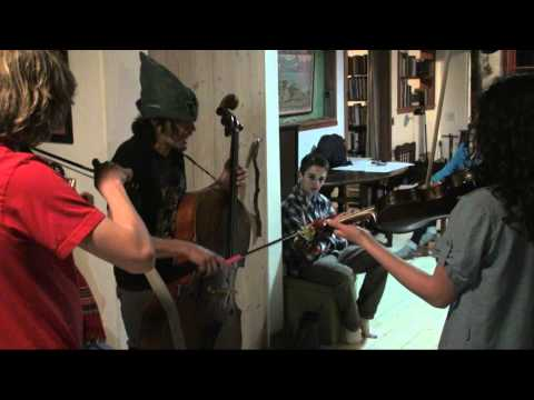 A 45 Minute Long Jam from the recent Big Sur Fiddle Camp feat. Rushad, Willeke