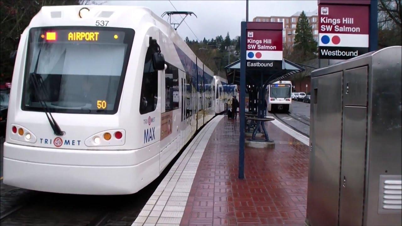 Portland TriMet: MAX Light Rail: Red and Blue Line Trains ...