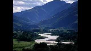 EL GRANITO DE MOSTAZA (CANTOS Y ALABANZAS) - CORO MARIA DEL AMOR DE TRUJILLO