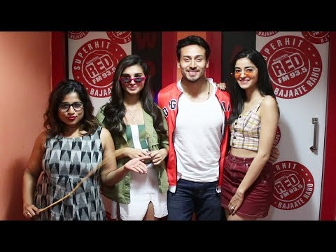 Tiger, Tara & Ananya competing for Student of RED FM Trophy with Teacher Malishka | SOTY 2