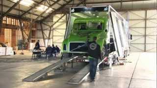 Volvo Trucks - Mean Green Hybrid Truck World Speed Record