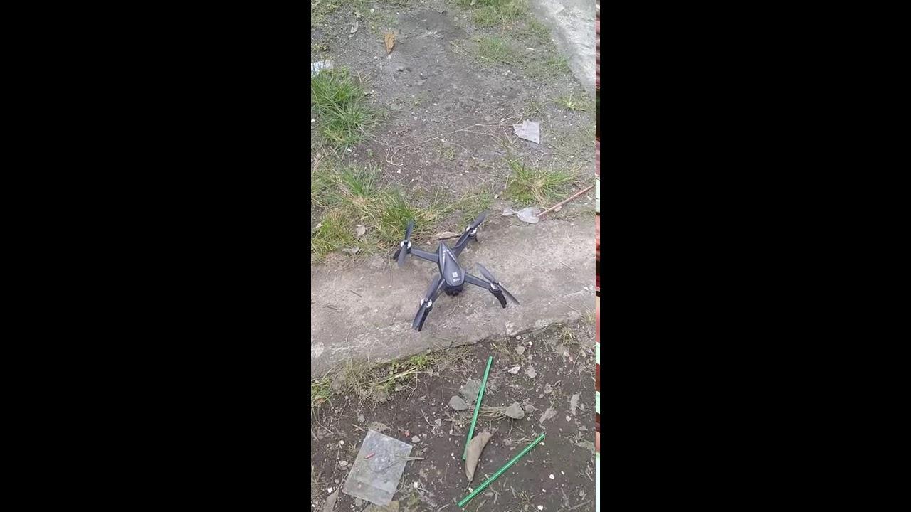 Itu drone AQ. Mjx bugs 5w 4k фотки
