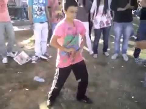 Apaçi Dansı   2 çocuk apaçi dans kapışması   Apache dance   YouTube