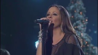 sara evans go tell it on the mountain cma country christmas