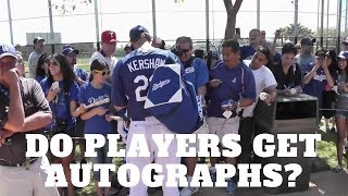 Do Players Get Autographs from Other Players?