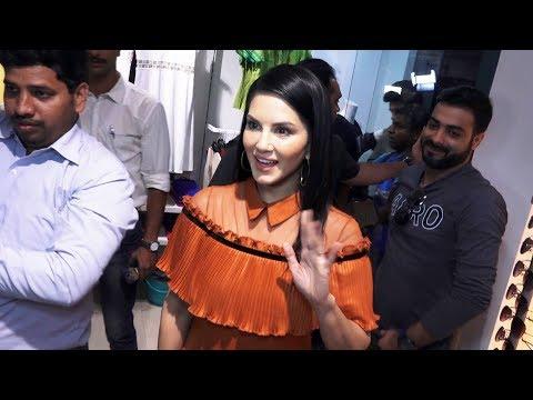 Sunny Leone Promotion Tera Intezaar | Lawman Pg3 Clothing Store In Mumbai