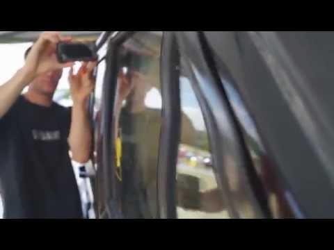 WAVY DOOR FLEX from 6 12'' Nightshade Sundowns in the Jeep