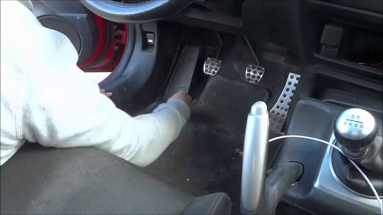 small resolution of 12v socket not working easy fix honda civic 8th gen 2006 2011 youtube