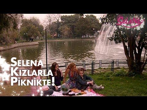 Selena kızlarla piknikte