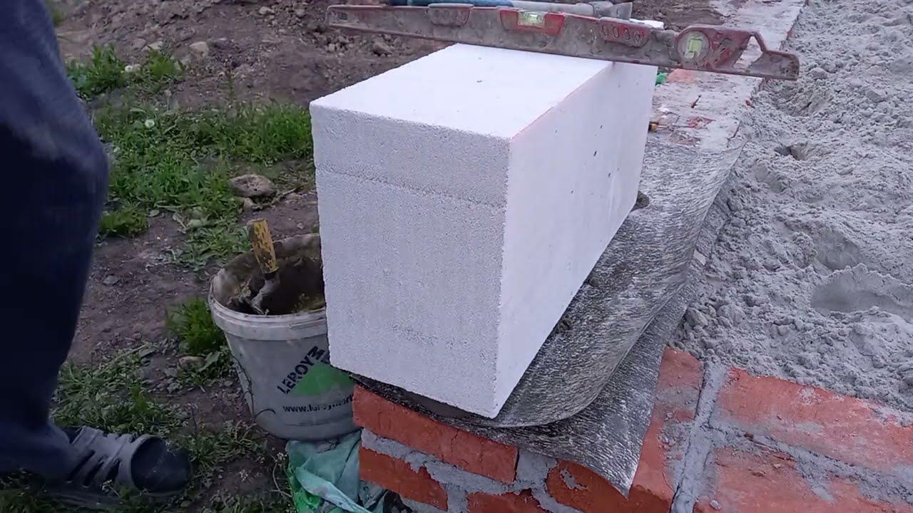 Угловые блоки первого ряда