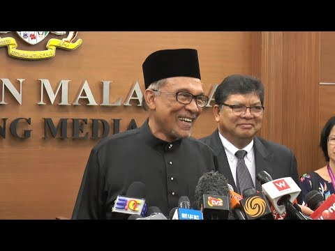 Anwar's first press conference in Parliament as PD MP