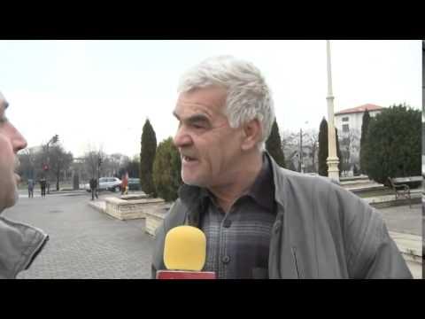 Un cetatean nebun din Arad injura reporterul
