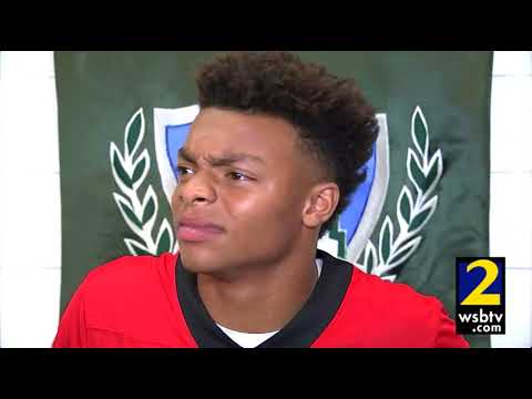Justin Fields commits to UGA