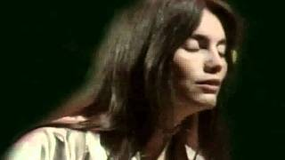 Emmylou Harris - Just Someone I Used To Know (feat. John Anderson) (with lyrics)
