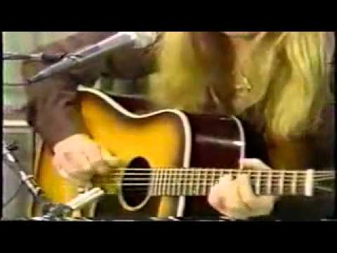 Gregg Allman performing soulful version of Come And Go Blues