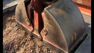 Nochmaaal - Auf der Baustelle - Bagger repariert Strasse(Teil 2)
