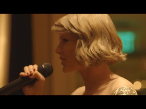 Taylor Swift Gives Maid Of Honor Speech at...