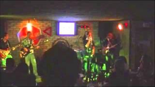 Banda Sonora Dose - You Shook Me All Night Long (AC/DC) e Ramble On (Led Zeppelin)