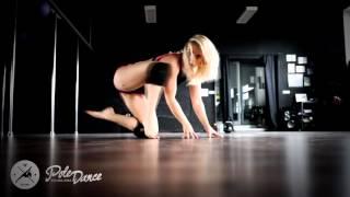 Kettlebell & Pole Dance by Angelika Przybyłek
