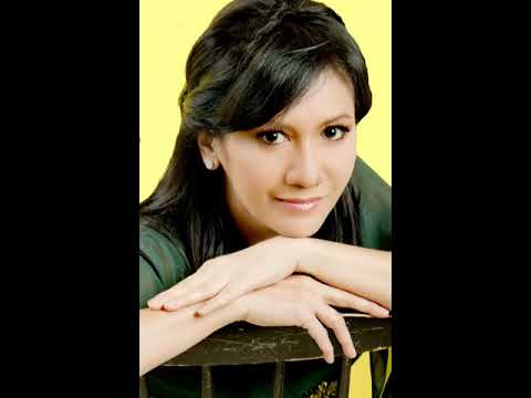CHRISTINE PANJAITAN THE BEST ALBUM (TEMBANG LAWAS INDONESIA)