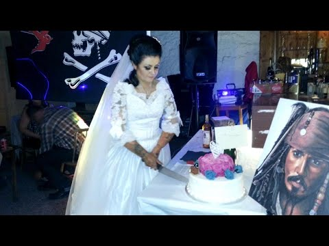 Woman Marries 300-Year-Old 'Jack Sparrow'-Type Ghost Pirate