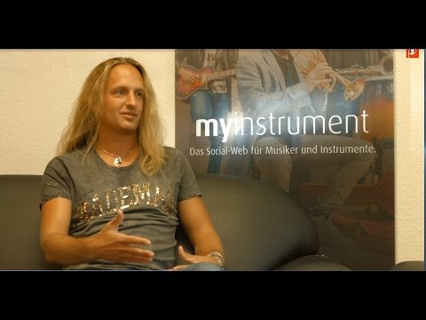 Julian Angel - MusicBiz Madness, Konferenz und Selbstvermarktungstipps