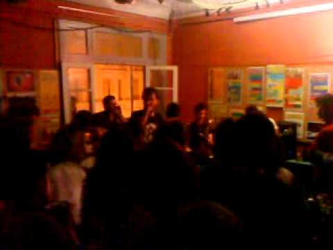 Persina Ksina Stafylia-Mme Live At Steki Metanastwn Thessaloniki.MP4