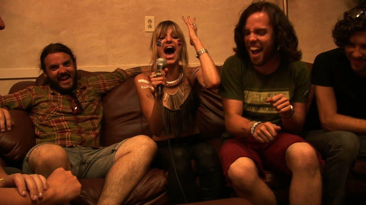 Juliet Simms Backstage Interview & Magic (NBC The Voice ...
