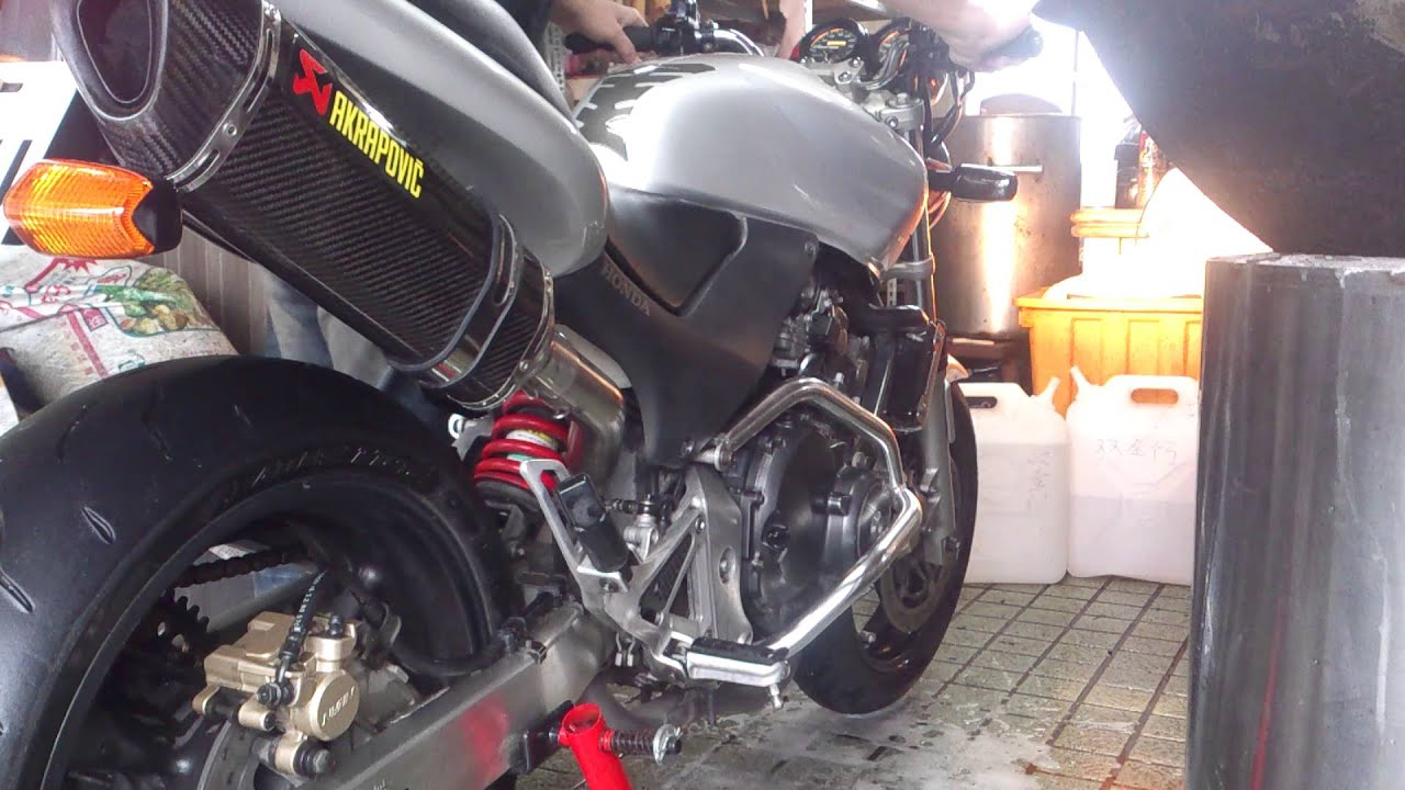Honda Hornet250 小黃蜂250 Akrapovic Exhaust - YouTube
