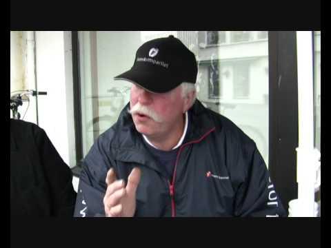 Høgre og FRP med stand på Røde Kors sitt gågate-arrangement i Helland -  Intervju