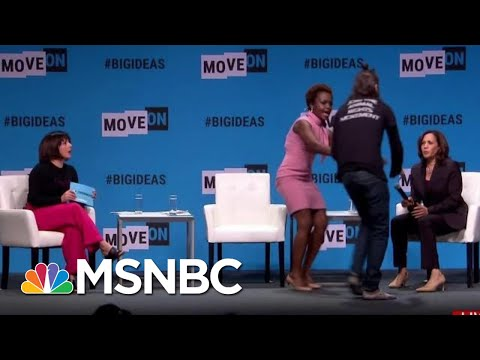 Frankie Darcell - Hear from The SheRo who blocked a protester from Sen. Kamala Harris