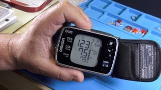 Unboxing Omron 10 Series Wireless Wrist Blood Pressure Monitor