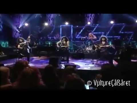 Kiss - I Still Love You (Live) - 4 - 700