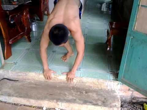 tập thể hình-ngực và cơ bụng ở nhà