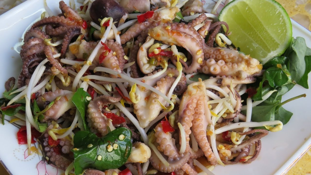 Octopus with spicy sauce recipe quick and easy cooking cambodian octopus with spicy sauce recipe quick and easy cooking cambodian homemade food forumfinder Gallery