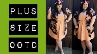Plus Size OOTD: Peach and Floral Thumbnail