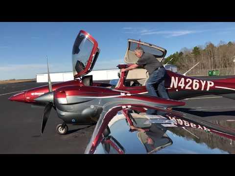 Flying the All New Diamond DA42 VI