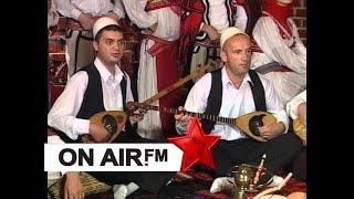 GRUPI FOLKLORIK NGA GOLLAKU - Flake e kuqe u dhez Gjakova