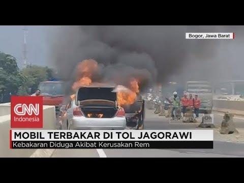Mobil Terbakar Di Tol Jagorawi, Pasangan Suami Istri Selamat