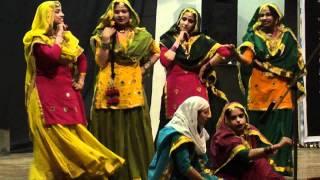 Giddha performance at Thapar University, Saturnalia-2012
